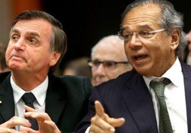 Bolsonaro e o Ministro da Economia Paulo Guedes querem licença para matar