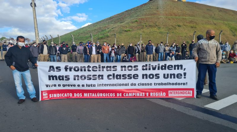 Nossa solidariedade à greve dos trabalhadores na John Deere do EUA