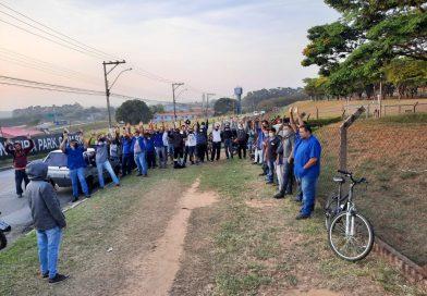 Trabalhadores encerram greve na Bozza Jr.